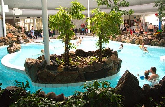 Deleistert Zwembad Binnen