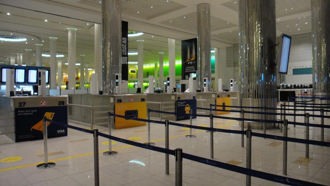 杜拜 (Dubai) 轉機辦過境簽證經驗 (落地簽證) – 非達人自助遊輪筆記