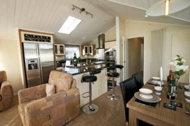 Atlas kitchen and breakfast bar