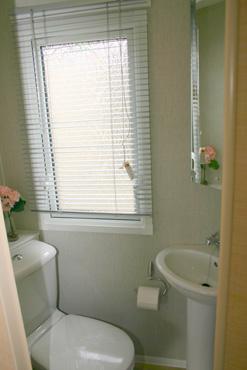 Willerby Aspen Scenic toilet