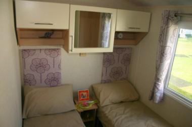 Willerby-Sierra-twin-bedroom