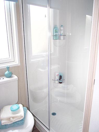 Pemberton Lancaster - Shower