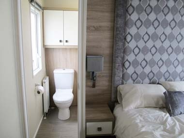 Willerby Sheraton master and En Suite