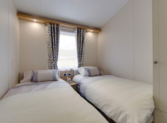 Vogue Lodge - Willerby Holiday Homes Ltd Twin Bedroom