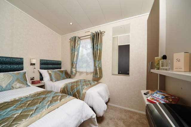 Carnaby Envoy twin bedroom