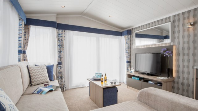 2017 Swift Antibes Lounge Wide