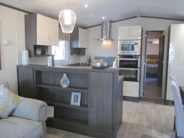 Regal Somerton Lounge to Kitchen