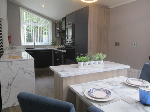 Atlas Laburnum Dining to Kitchen