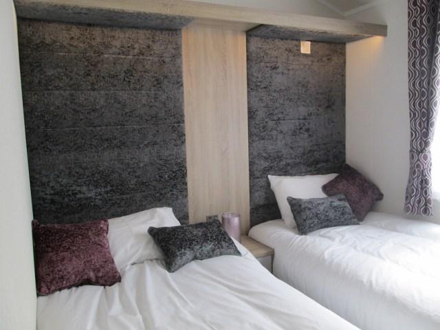 Atlas Laburnum Twin Bedroom