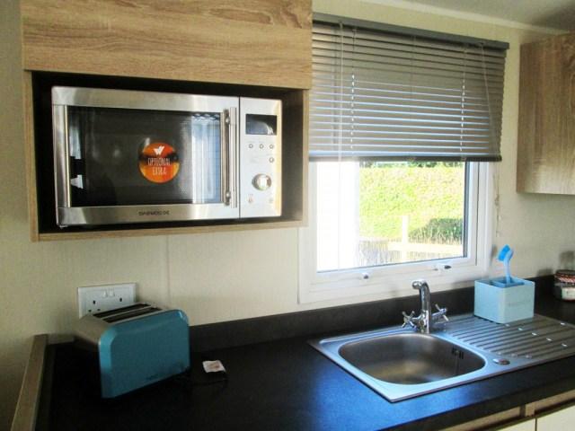 Willerby Lymington Microwave