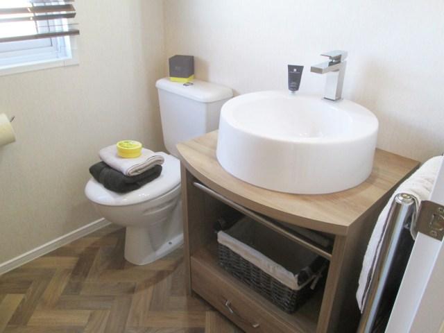 Pemberton Rivendale Lodge Bathroom