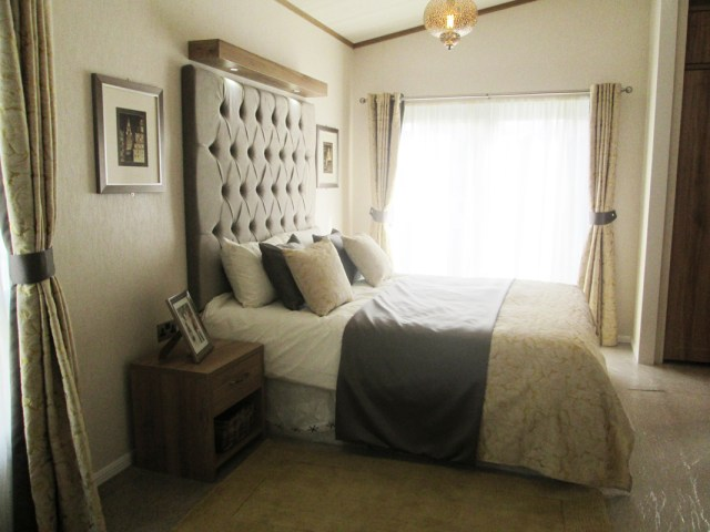 Pemberton Rivendale Lodge Master Bedroom