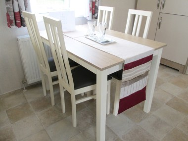 Victory Belmor Dining Table & Chairs