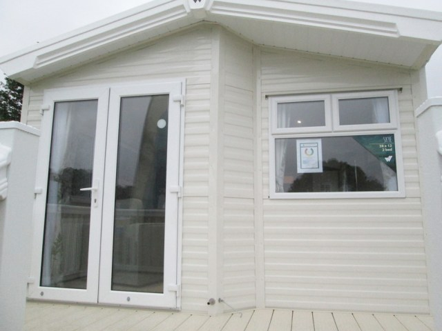Willerby Skye Front Ext Elev
