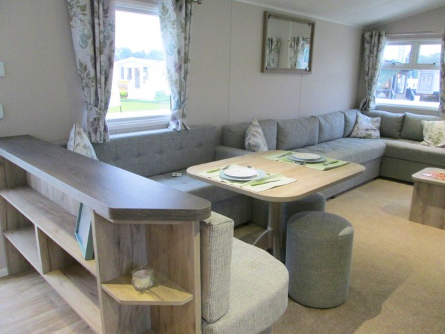 Willerby Skye Lounge Seating & Divider