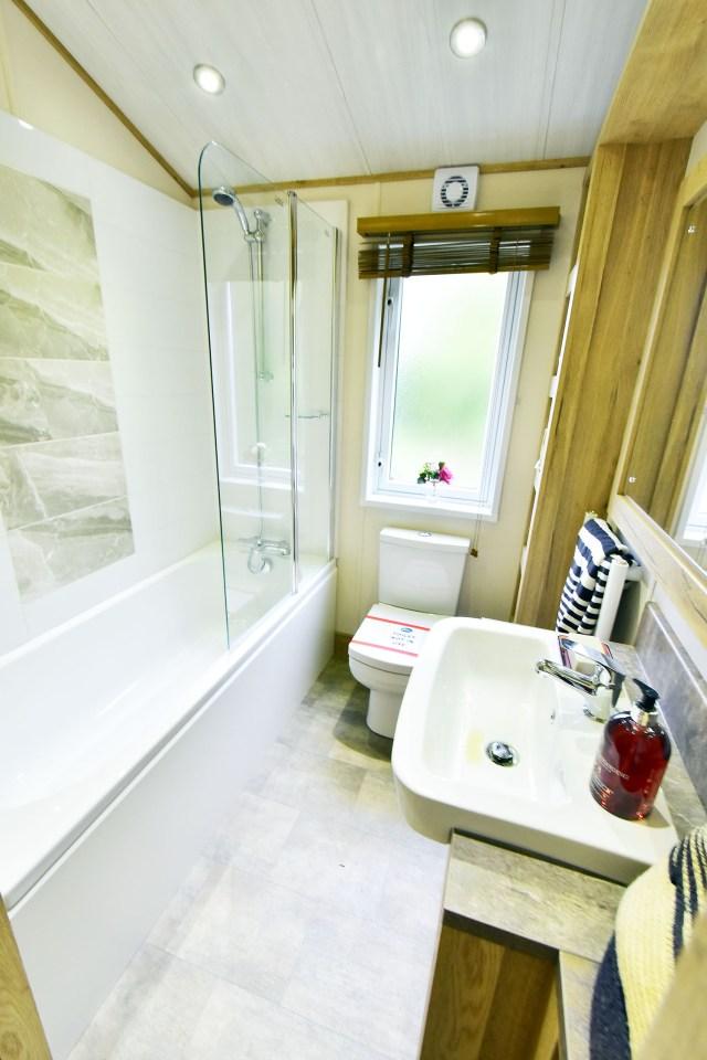 2019 ABI Harrogate bathroom