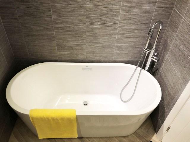 2019 Willerby Delamere bath