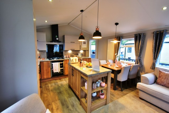 2019 Willerby Waverley lodge interior
