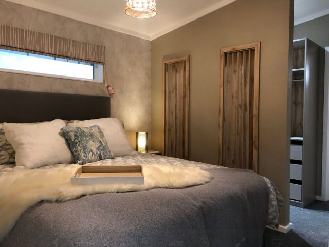 Tingdene Harrington Master Bedroom