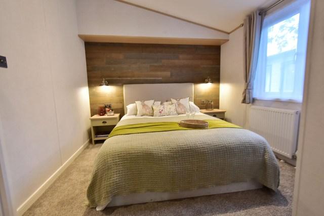 2019 Atlas Debonair lodge bedroom