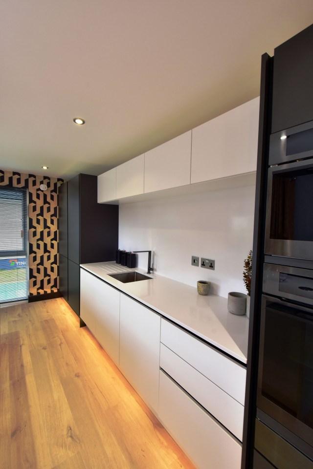 2020 Tingdene Quantum lodge kitchen