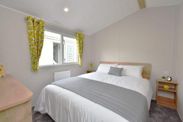 2020 Willerby Kelston static caravan master bedroom