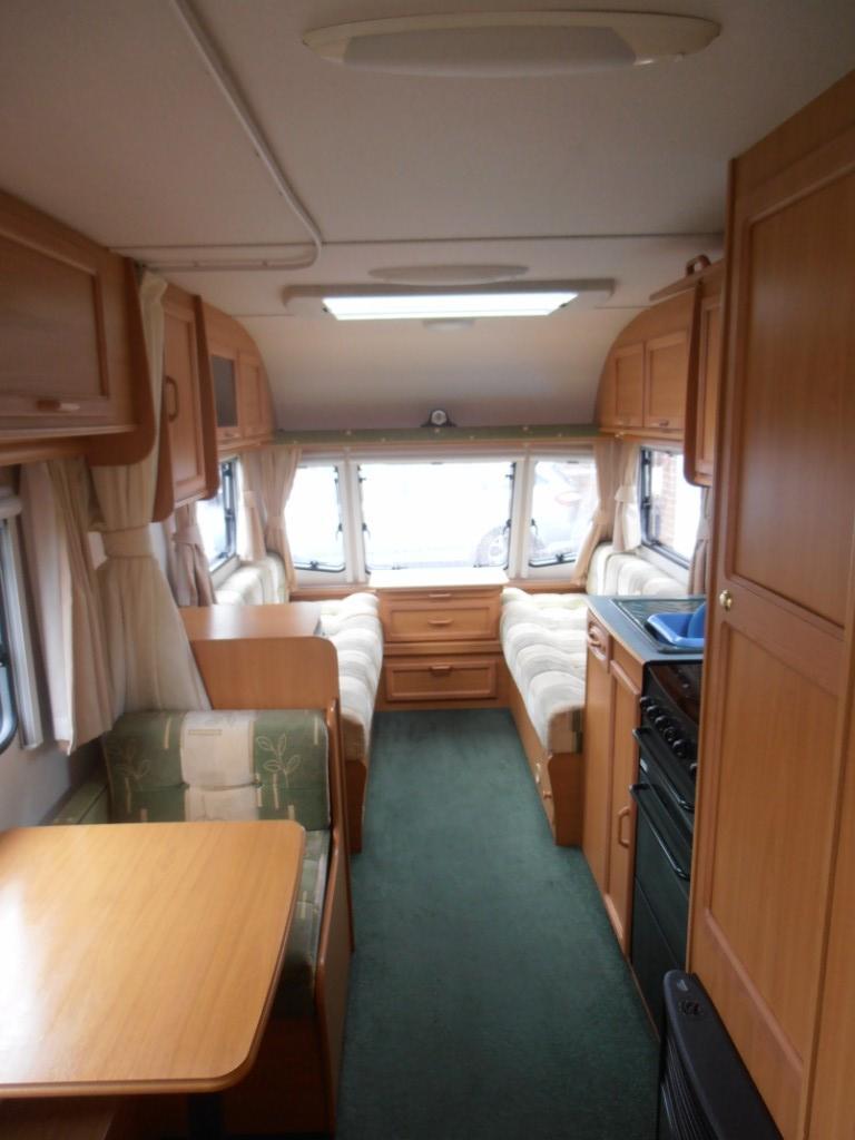 Avondale Dart 5566 2004 6 berth Touring Caravan for sale