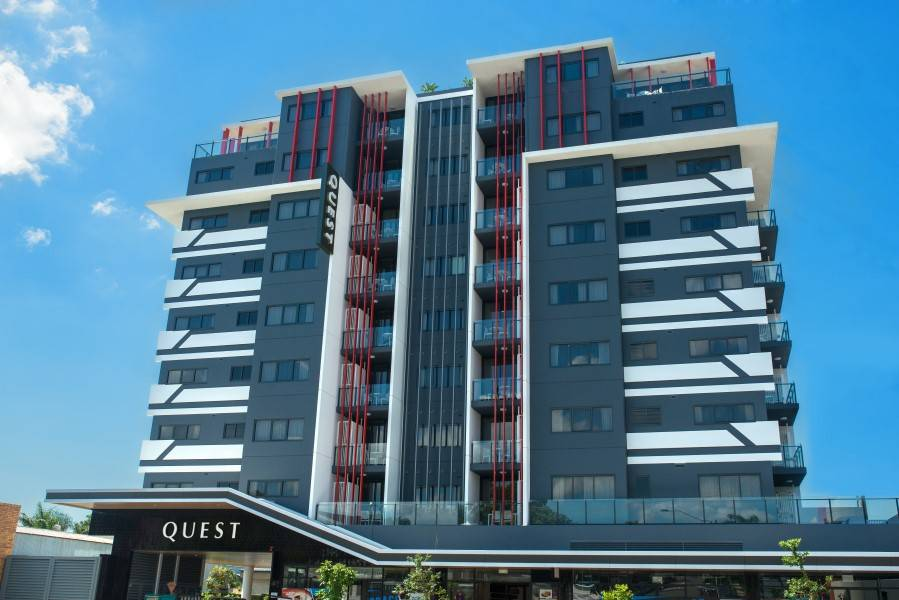 Quest Apartments Woolloongabba Brisbane Painting (1)