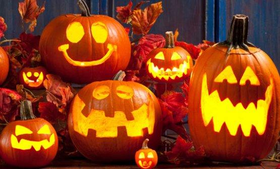 Zucche halloween intagliate fai da te  LEITV