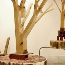 Cabiró de fusta i perfil metàl·lic de rebuig 12 x 12 x 80 cm