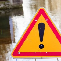L'Ain placé en vigilance jaune pluie-inondations et risques d'avalanches.
