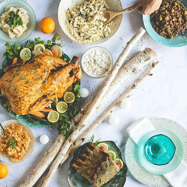 thanksgiving hosting tips