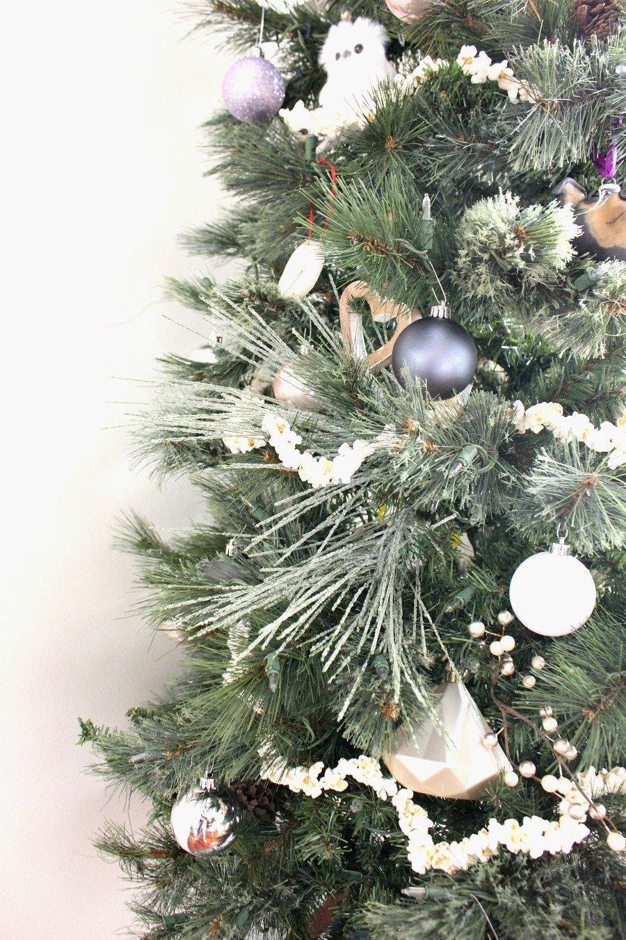 Christmas Tree Fillers.How To Make Popcorn Garland Lela Burris