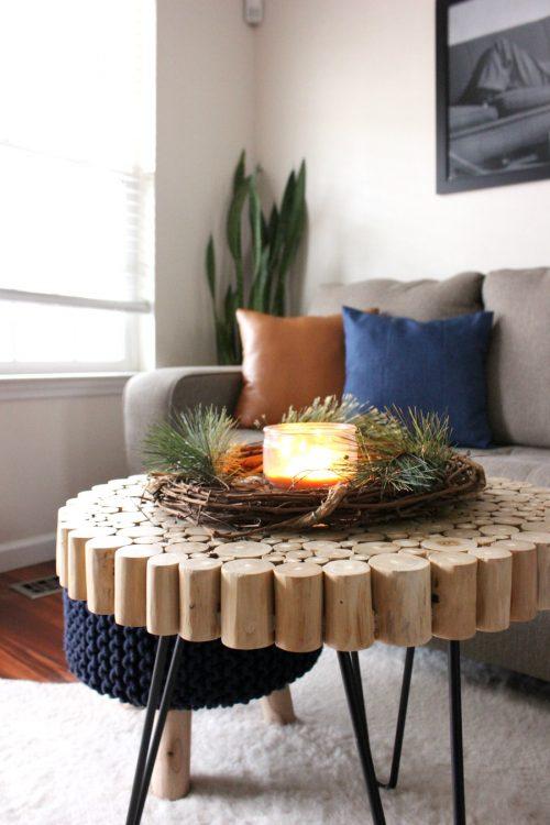 minimalist christmas decor holly