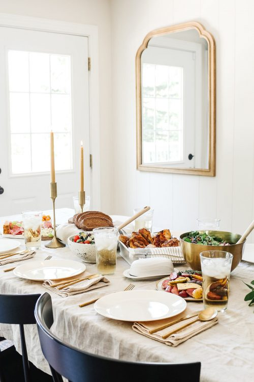 hosting thanksgiving in a small house