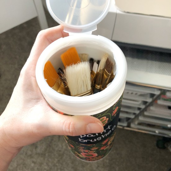 Clorox wipe bottle for paint brushes