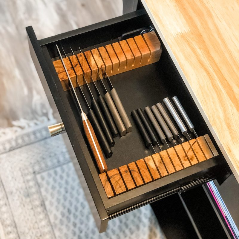 knife storage in small kitchen drawer