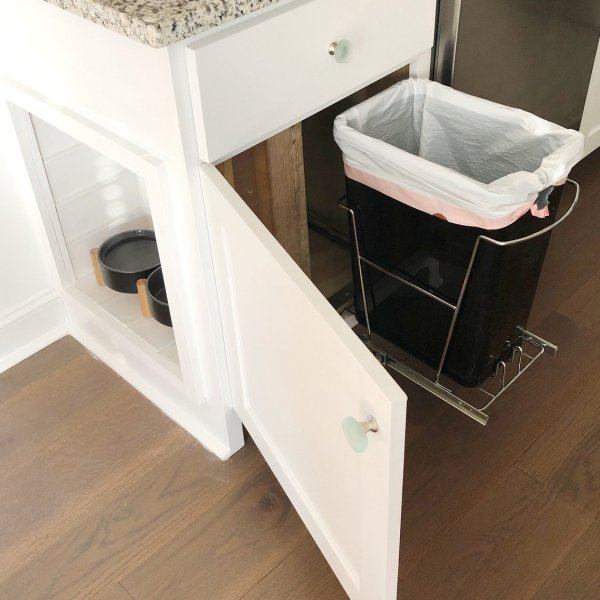 pull out trash can idea for kitchen