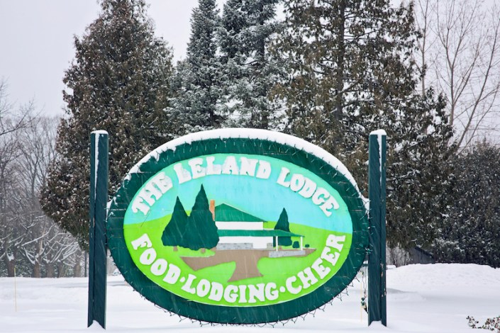 Leland Lodge | Fishtown Leland Hotel | Winter Wedding | Kirstyn and Erik