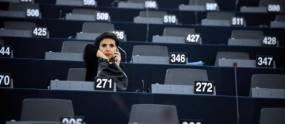 dati-parlement-telephone-2733368-jpg_2371035