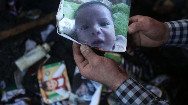 bebe-palestinien-brule-vif-colons-israeliens-naplouse-en-cisjordanie-le-31-juillet-2015