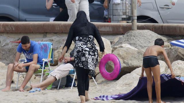 La validation de l'arrêt « anti-burkini » demandée à Marseille