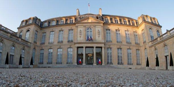 Réunion de famille : Macron convie le gratin de la finance mondiale à l'Elysée