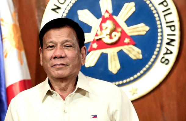president-duterte_bannit_vaccins_philippines