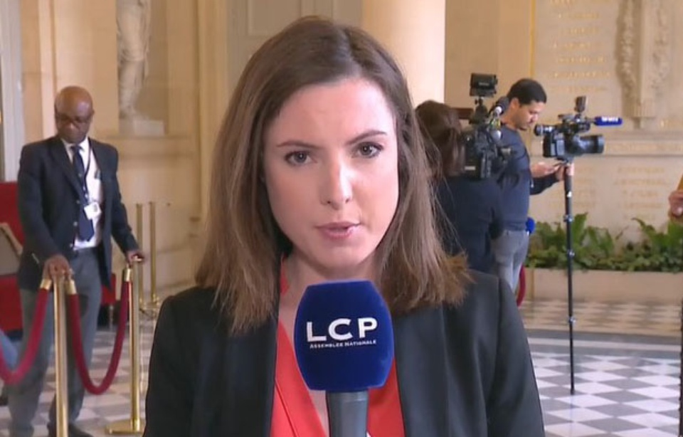 LCP : Astrid de Villaines, la journaliste qui a porté plainte pour agression sexuelle, démissionne