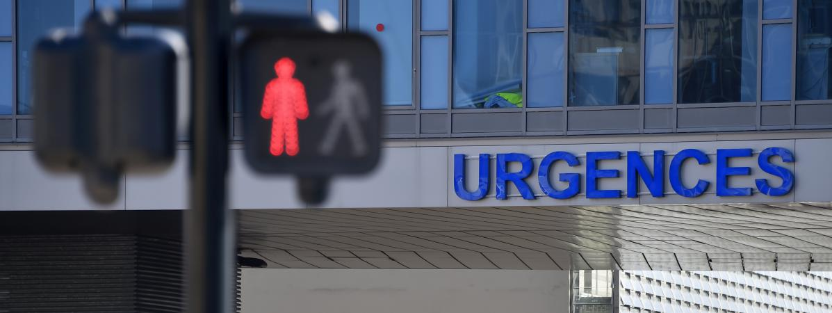 « On donne des soins de qualité merdique », des urgentistes témoignent