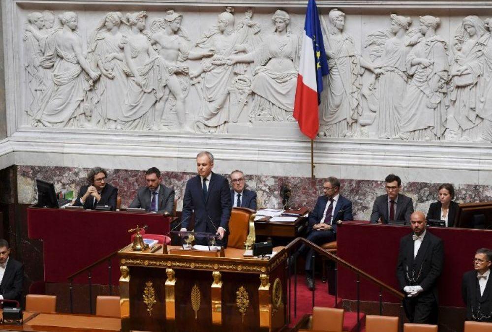 La gratuité sur le réseau SNCF pour les ex-députés coûte 800 000 euros par an
