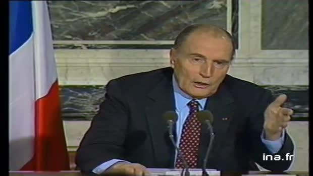 L'Irak a cherché à financer Mitterrand, selon les services secrets allemands