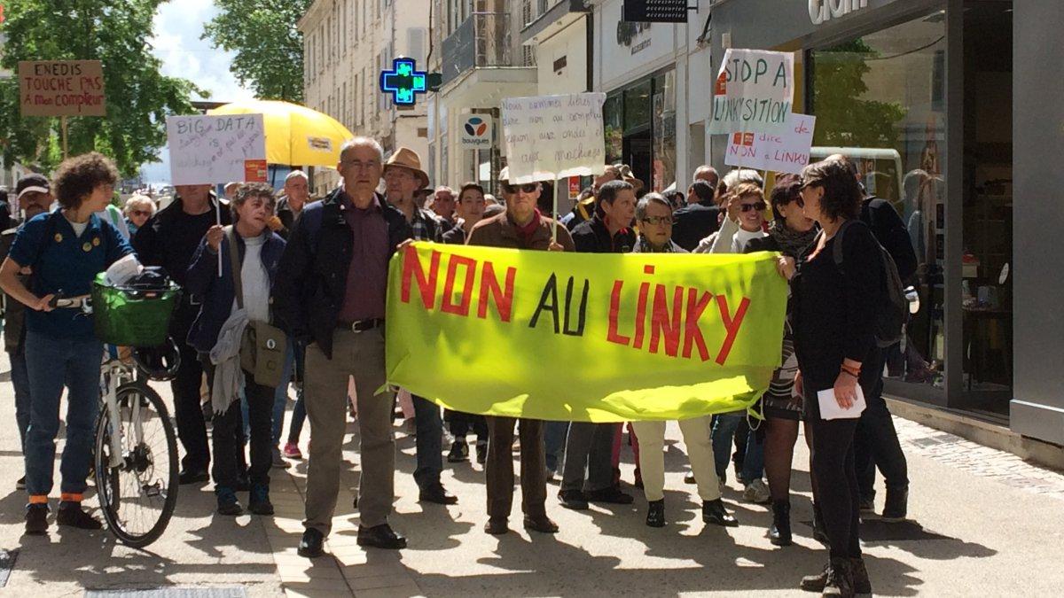 Électricité : manifestations contre le compteur Linky