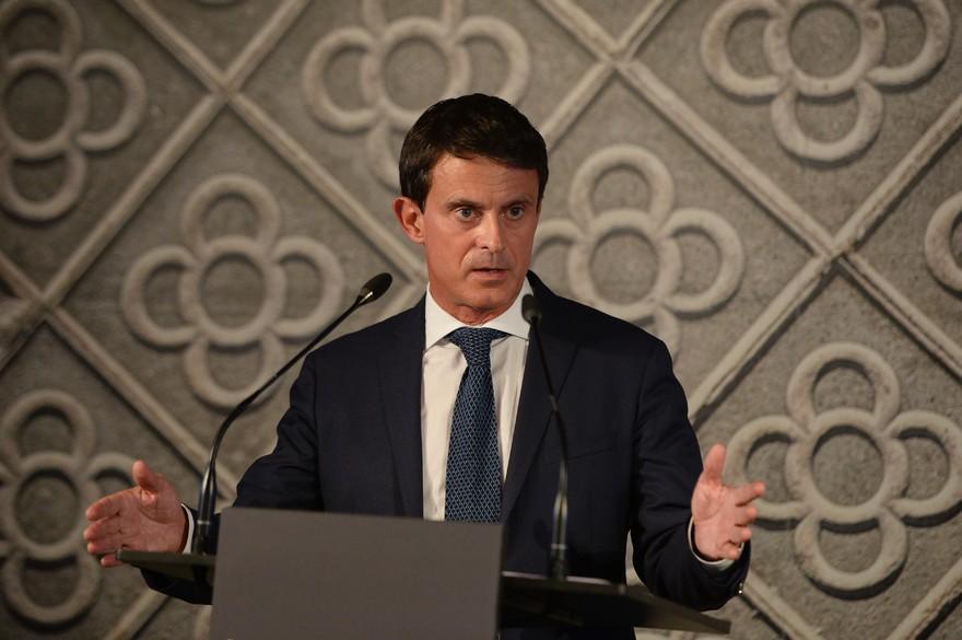 Le traître et opportuniste Manuel Valls candidat aux municipales de Barcelone